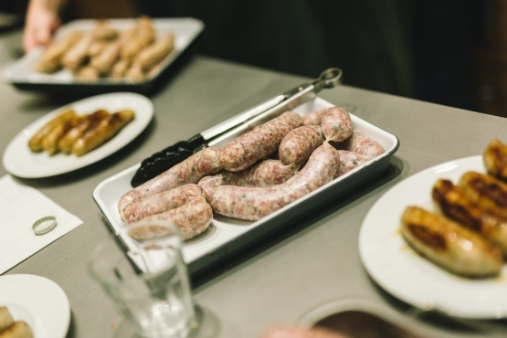 Making Sausage With The Sausage Man » Monday, 23 September 2019 at 19 h