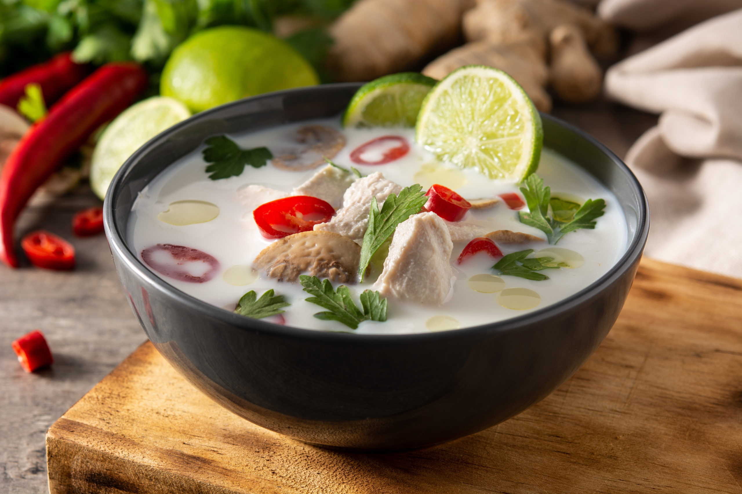 Tom Yum und Tom Kha - Live Online Kochkurs mit Mai Thy Hinz